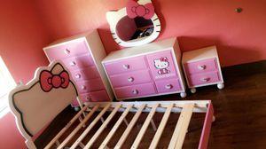 4 piece bedroom set 300 obo for Sale in Miami, FL