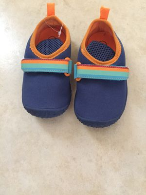 Water shoes size 7 toddler for Sale in Maywood, CA