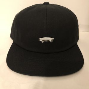 New with tags Black Vans Hat with skateboard design for Sale in Los Angeles, CA