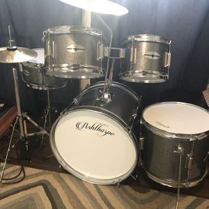 Ashthorpe kids Drum Set for Sale in Chicago Heights, IL