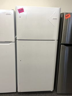 New Frigidaire Top Freezer Refrigerator for Sale in Arlington,  TX