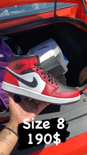 Jordan 1 mid Chicago toe for Sale in San Marcos, TX