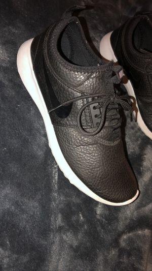 Black Nike's for Sale in Sanger, CA