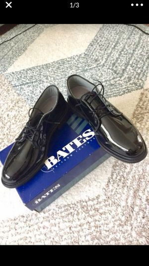 Bates gloss dress mens shoes size 11 for Sale in Fairfax, VA