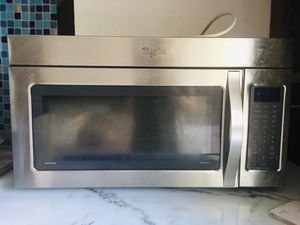 Whirlpool microwave for Sale in San Jose, CA
