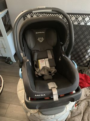 Uppababy Mesa car seat and base for Sale in Whittier, CA
