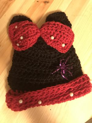 ***MINNIE MOUSE EAR KNITTED BABY HAT HAND MADE *** for Sale in Portland, OR