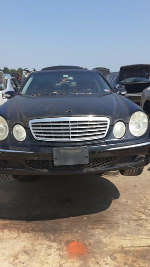 2006 Mercedes E350 for parts for Sale in Houston, TX