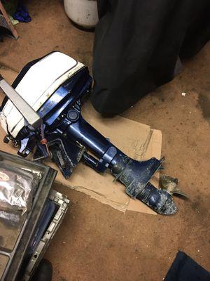5 hp HONDA 4 stroke short shaft runs great for Sale in Oakley, CA