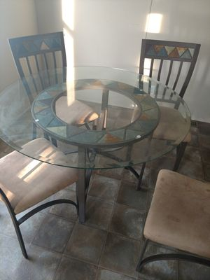 Kitchen table for Sale in Roscommon, MI