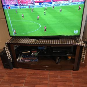 LG Smart Tv 55 Inches With Remote Control Perfect Working Condition for Sale in Chicago, IL