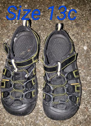 Keen Black/Yellow shoes Size 13c kids for Sale in Renton, WA