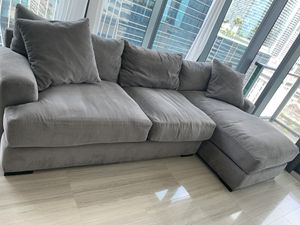 Plush Sectional Sofa Couch for Sale in Miami, FL