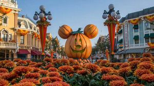 Disneyland Park Hopper Tickets for Sale * ANY DAY * B4 April 2020 for Sale in Los Angeles, CA