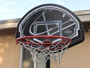 Basketball hoop and stand for Sale in Lauderdale Lakes, FL
