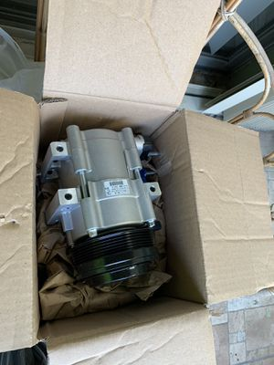 Ford E 150 E 250 A/C Compressor BRAND NEW for Sale in Miami, FL