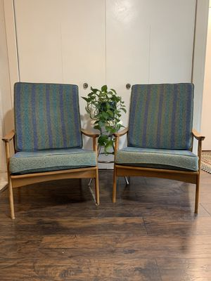 Set of Two Vintage MCM Walnut Lounge Chairs for Sale in Beaverton, OR