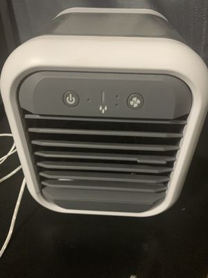 ***PENDING PICKUP***Mini air conditioner for Sale in Denver, CO