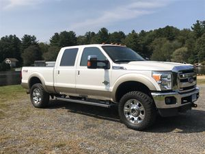 2013 Ford F-350 lariat crew cab for Sale in Chaplin, CT