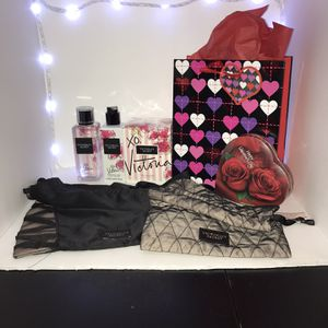 Victoria Secret XO, Victoria Perfume Set for Sale in Colton, CA