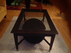 Coffee table for Sale in Hartsdale, NY