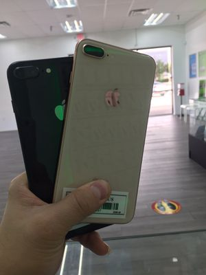 iPhone 8plus for Sale in Tampa, FL