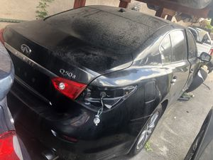 2015 Infiniti q 50 part out for Sale in Miami, FL