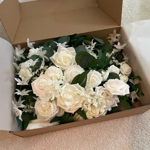 Beautiful Wedding Decoration- Used Only Once for Sale in Milpitas, CA