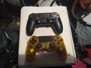 PS4 CONTROLLERS LIKE NEW for Sale in Gresham, OR