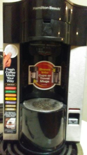 Single cup coffee maker for Sale in Knoxville, TN