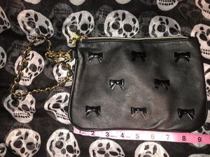 🖤 Betsey Johnson Black Bow Clutch/Wristlet🖤 for Sale in Modesto, CA