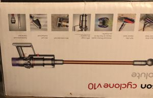 Dyson Cyclone V10 Absolute Cord-Free Vacuum for Sale in San Diego, CA