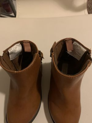 Brown boots for girl size 5 for Sale in Union, KY