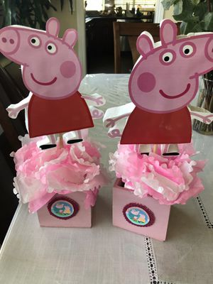 Peppa pig centerpiece for Sale in San Dimas, CA