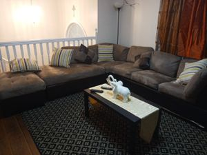 Sectional sofa for Sale in Morrow, GA