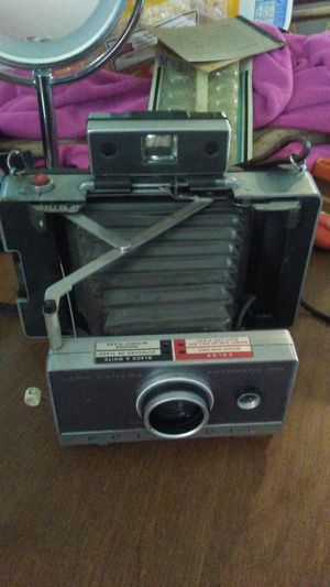 Vintage polaroid 100 land cam for Sale in Buffalo, NY