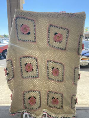 VTG Rose Quilt Blanket for Sale in Santa Maria, CA