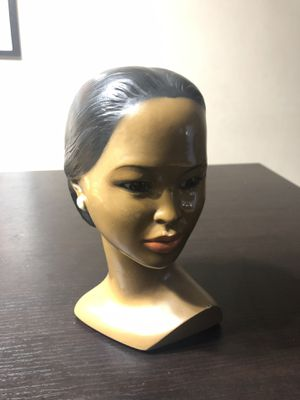 Marwal Lady Head Statue, Vintage 1950s 1960s Mid Century Home Decor, Collectible Woman Chalkware Bust for Sale in Miami, FL