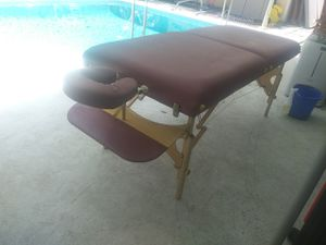 Massage table for Sale in Orlando, FL