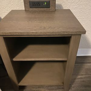 2 Night stand for Sale in Norcross, GA