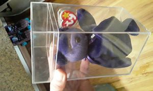 Authentic Princess Diana Beanie Baby in perfect mint condition in glass box for Sale in Suwanee, GA