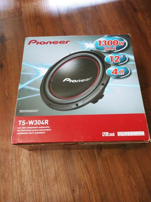 "12"" Pioneer Bass 1300w + Box for Sale in Altamonte Springs, FL"