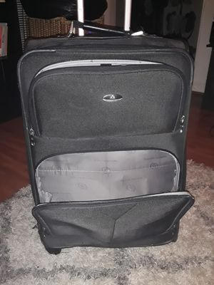 Black luggage rolling bag for Sale in Washington, DC