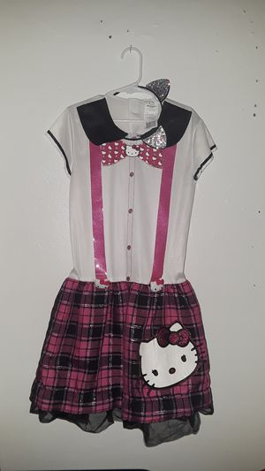 Little girls Hello Kitty costume large 10/12 for Sale in Fresno, CA