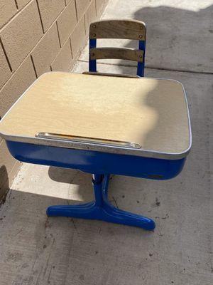 Children's desk for Sale in Henderson, NV