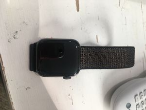 Series 4 Apple Watch for Sale in UPPER ARLNGTN, OH
