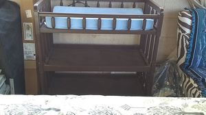 Changing Table... Wood fairly new pad can be painted... Willing to discuss colors and paint for you.. for Sale in Long Beach, CA