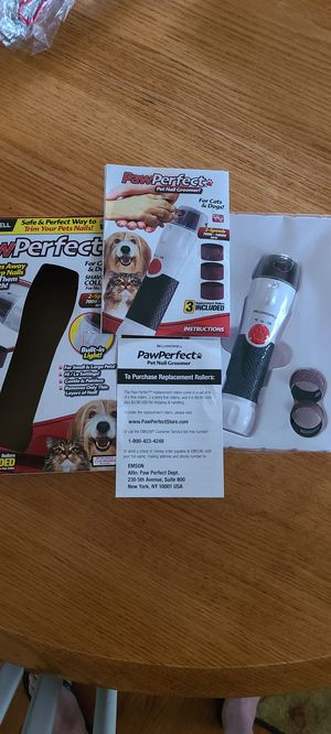PAWPERFECT 🐕‍🦺 BY BELL and Howell. Dog and Cat Nail Filer. Has 3 Replacement Rollers for Sale in Greenville, SC
