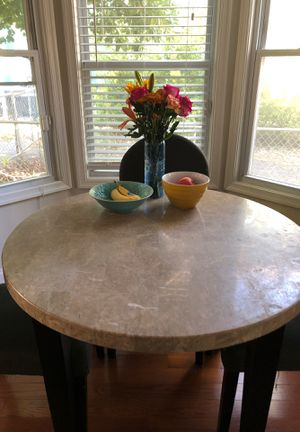 Cute Kitchen Table for 4 for Sale in Mount Rainier, MD