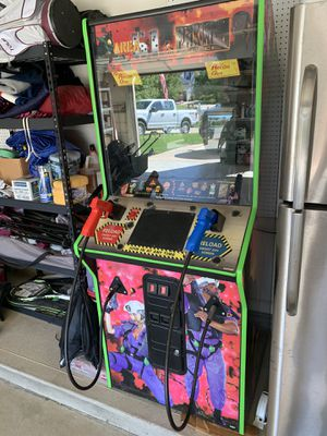 Coin operated arcade game, maximum force and Area 51 for Sale in Brunswick, OH